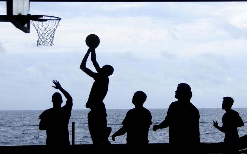 joueurs de basket